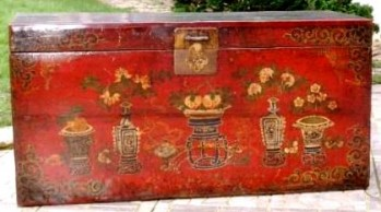 Chest from Mongolia. Early 20th century.