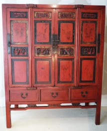 ARMOIRE CHINOISE ANCIENNE LAQUEE