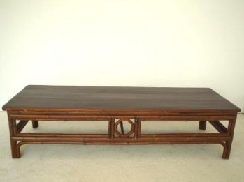 TABLE CHINOISE ANCIENNE en BAMBOU