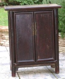 MOBILIER CHINOIS ANCIEN - PETIT CABINET
